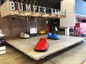 Neem een ritje op de zelfrijdende auto's van Bumper Ballet